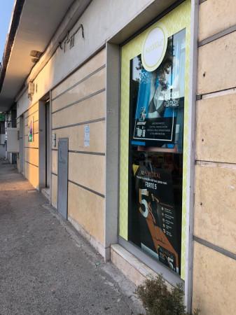 Locale Commerciale  in vendita a Napoli, Agnano, 600 mq - Foto 7