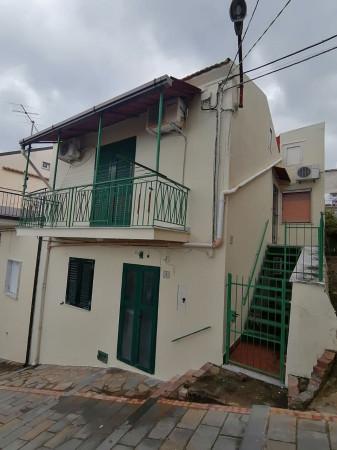 Casa indipendente in vendita a Ascea, Centro Storico, 85 mq