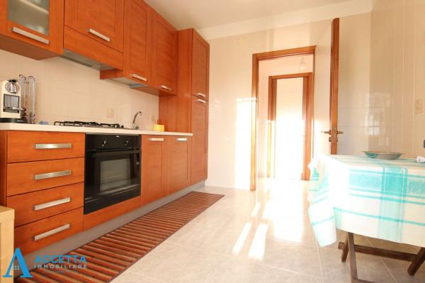 Appartamento in vendita a Taranto, San Vito, Arredato, con giardino, 107 mq - Foto 14