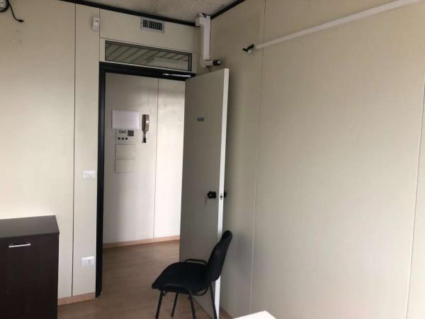 Locale Commerciale  in affitto a Napoli, Centro Direzionale, 65 mq - Foto 12