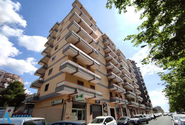 Appartamento in vendita a Taranto, Rione Italia, Montegranaro, 125 mq - Foto 3