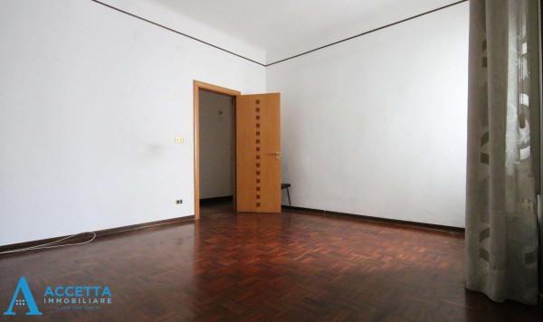 Appartamento in vendita a Taranto, Tre Carrare, Battisti, 105 mq - Foto 10