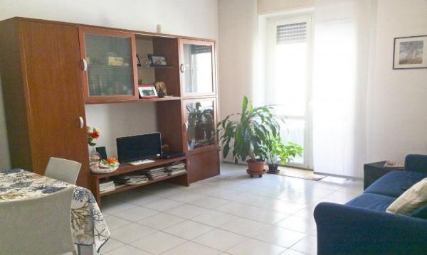 Appartamento in affitto a Milano, De Angeli, Arredato, 65 mq