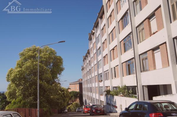 Appartamento in vendita a Perugia, Montegrillo, 118 mq