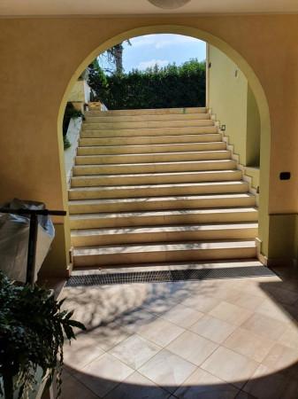 Villetta a schiera in affitto a Lecce, Salesiani, Con giardino, 240 mq - Foto 5