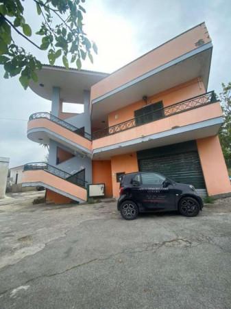 Villa in affitto a Sant'Anastasia, Centrale, Con giardino, 330 mq - Foto 1