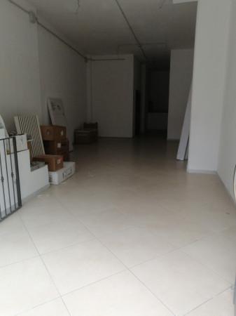 Locale Commerciale  in affitto a Lecce, Ariosto, 220 mq - Foto 3