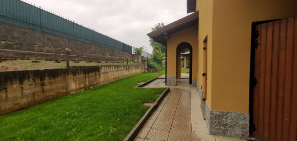 Villa in vendita a Monte Cremasco, Residenziale, Con giardino, 173 mq