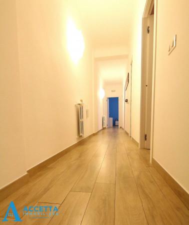 Appartamento in vendita a Taranto, Rione Italia, Montegranaro, 110 mq - Foto 12