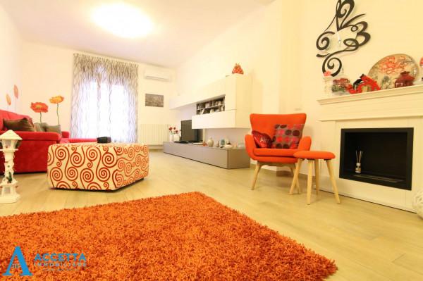 Appartamento in vendita a Taranto, Rione Italia, Montegranaro, 110 mq - Foto 11