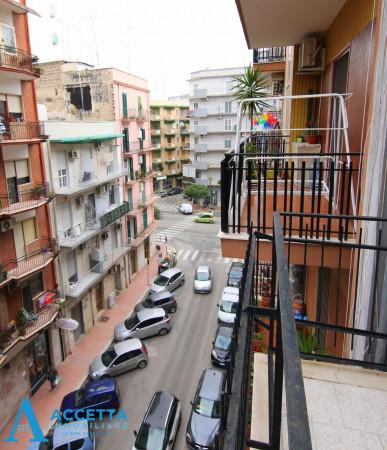 Appartamento in vendita a Taranto, Rione Italia, Montegranaro, 110 mq - Foto 9