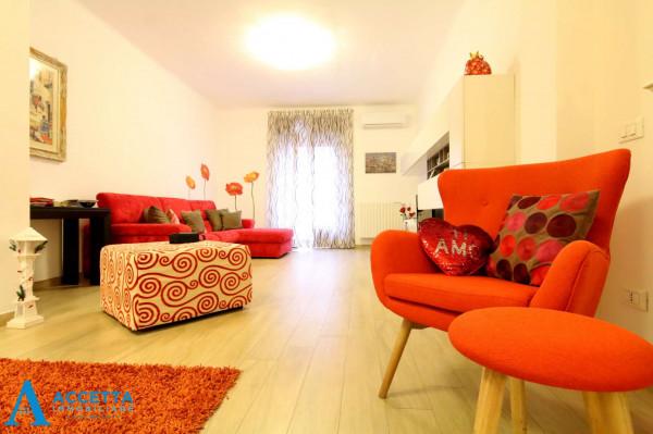Appartamento in vendita a Taranto, Rione Italia, Montegranaro, 110 mq