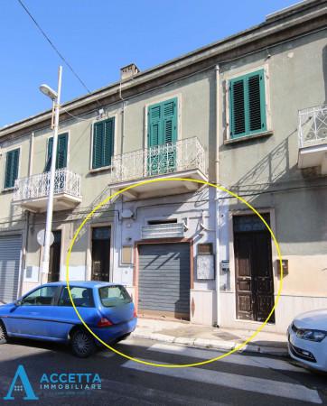 Locale Commerciale  in vendita a Taranto, Talsano, 35 mq - Foto 3
