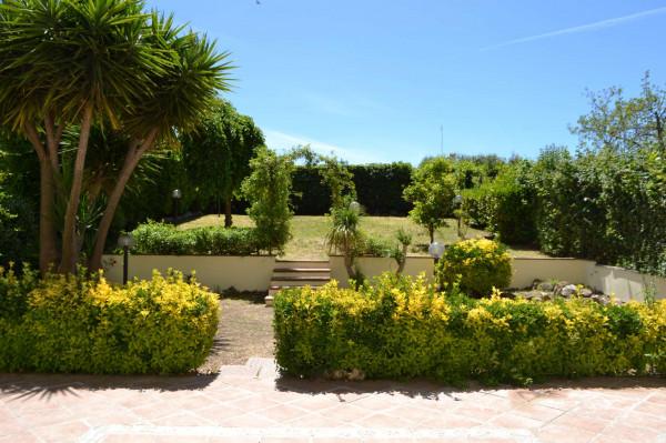 Appartamento in vendita a Roma, Dragoncello, Con giardino, 120 mq