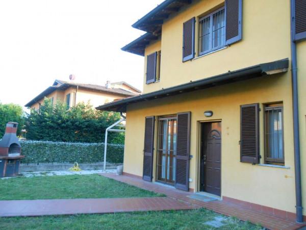 Villa in vendita a Monte Cremasco, Residenziale, Con giardino, 181 mq