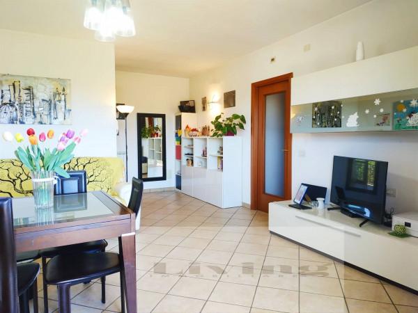 Appartamento in vendita a Città di Castello, Con giardino, 72 mq