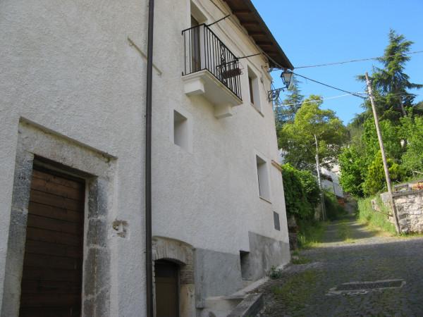 Casa indipendente in vendita a Introdacqua, Centro, Con giardino, 223 mq - Foto 2