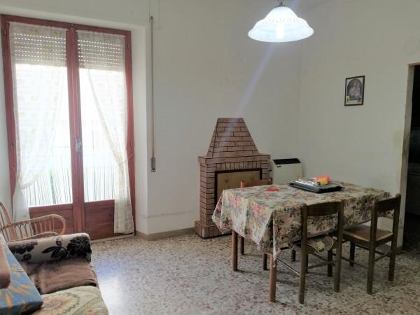 Appartamento in vendita a Monte San Pietrangeli, Semicentro, 95 mq