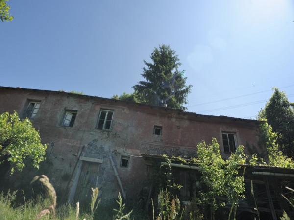 Locale Commerciale  in vendita a Serra Riccò, Prelo, Con giardino, 178 mq