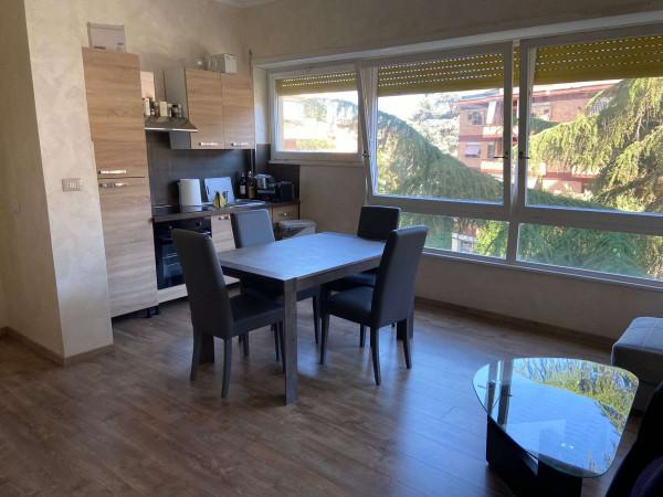 Appartamento in vendita a Roma, Mostacciano, Arredato, 60 mq