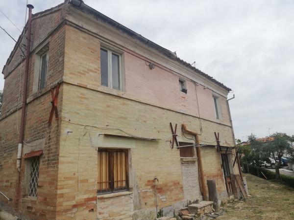 Casa indipendente in vendita a Monte San Pietrangeli, Semicentro, Con giardino, 90 mq - Foto 4