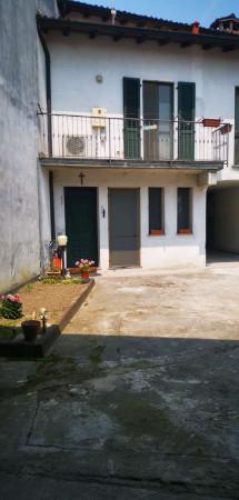 Villa in vendita a Cremosano, Residenziale, Con giardino, 115 mq