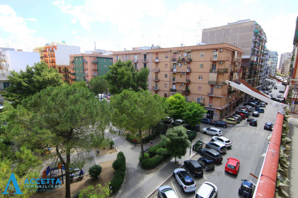 Appartamento in vendita a Taranto, Rione Italia, Montegranaro, 72 mq - Foto 4