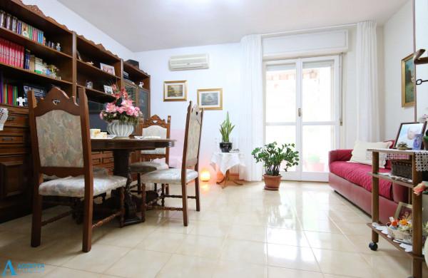 Appartamento in vendita a Taranto, Rione Laghi - Taranto 2, Con giardino, 94 mq - Foto 17