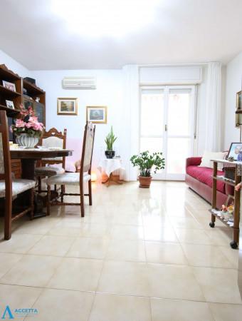 Appartamento in vendita a Taranto, Rione Laghi - Taranto 2, Con giardino, 94 mq - Foto 18