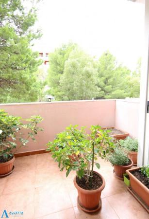 Appartamento in vendita a Taranto, Rione Laghi - Taranto 2, Con giardino, 94 mq - Foto 5