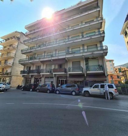 Appartamento in vendita a Chiavari, Ponente, 110 mq