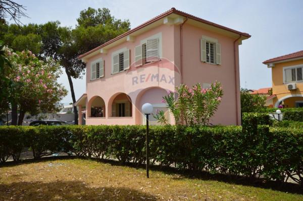 Villa in vendita a Calopezzati, Mare, Con giardino, 200 mq - Foto 1