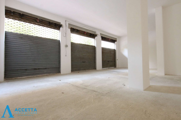 Locale Commerciale  in affitto a Taranto, Rione Italia, Montegranaro, 200 mq - Foto 13