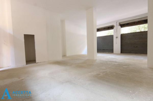 Locale Commerciale  in affitto a Taranto, Rione Italia, Montegranaro, 200 mq - Foto 6
