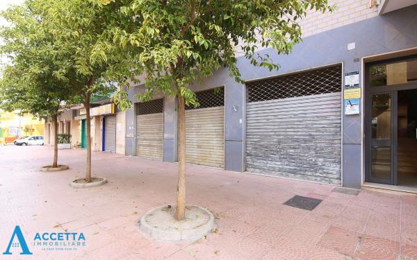 Locale Commerciale  in affitto a Taranto, Rione Italia, Montegranaro, 200 mq - Foto 8