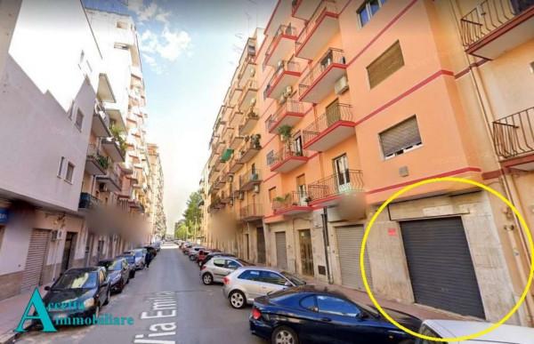 Locale Commerciale  in vendita a Taranto, Rione Italia, Montegranaro, 78 mq - Foto 4
