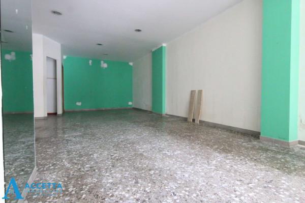 Locale Commerciale  in vendita a Taranto, Rione Italia, Montegranaro, 78 mq - Foto 11