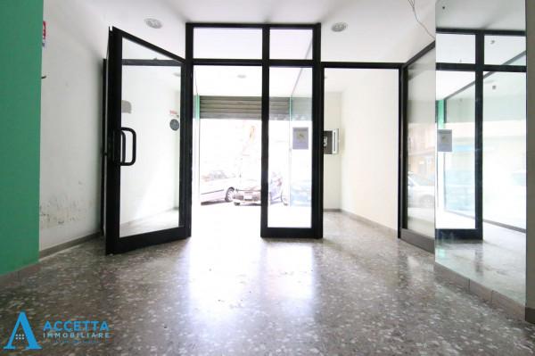 Locale Commerciale  in vendita a Taranto, Rione Italia, Montegranaro, 78 mq - Foto 13