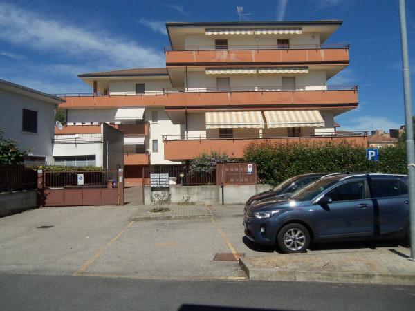 Bilocale in vendita a Galliate, Semicentro, 60 mq