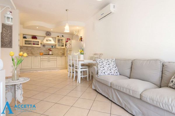 Appartamento in vendita a Taranto, Rione Laghi - Taranto 2, Con giardino, 88 mq - Foto 4