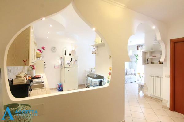 Appartamento in vendita a Taranto, Rione Laghi - Taranto 2, Con giardino, 88 mq - Foto 10