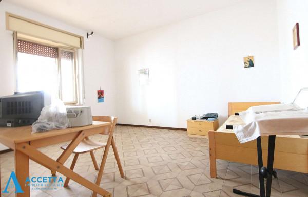 Appartamento in vendita a Taranto, Talsano, 137 mq - Foto 15