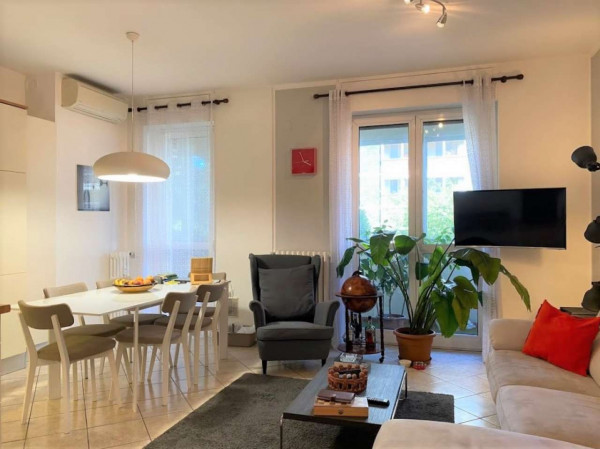 Appartamento in affitto a Milano, Vigentino, Arredato, con giardino, 62 mq