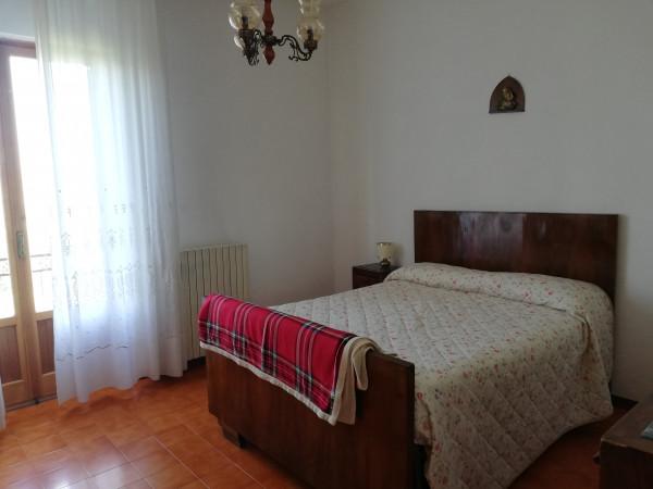 Casa indipendente in vendita a Monte San Pietrangeli, Semicentro, 200 mq - Foto 2