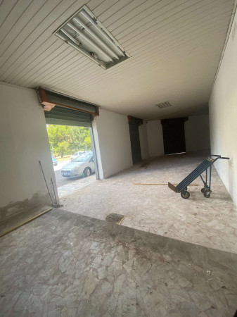 Negozio in affitto a Sant'Anastasia, Semi-centrale, 200 mq - Foto 5