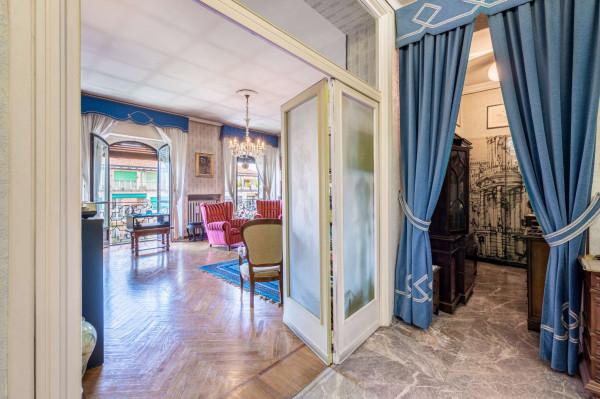 Appartamento in vendita a Torino, 199 mq