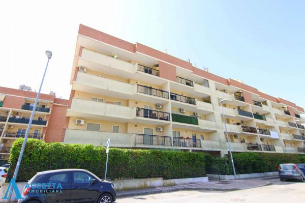 Appartamento in vendita a Taranto, Rione Laghi - Taranto 2, Con giardino, 130 mq - Foto 21