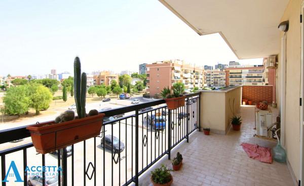 Appartamento in vendita a Taranto, Rione Laghi - Taranto 2, Con giardino, 130 mq - Foto 6
