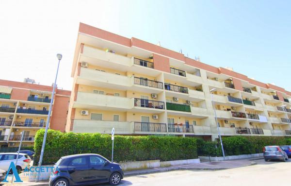 Appartamento in vendita a Taranto, Rione Laghi - Taranto 2, Con giardino, 130 mq - Foto 3