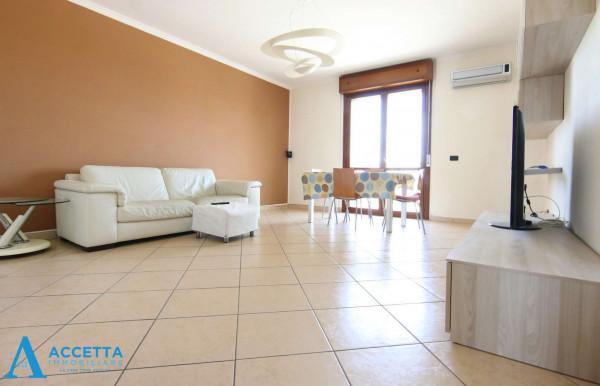 Appartamento in vendita a Taranto, Rione Laghi - Taranto 2, Con giardino, 130 mq - Foto 18